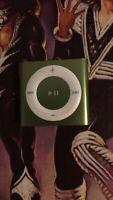 Apple iPod Shuffle 4th Generation 2gb Green No Reserve