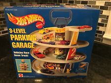 Vintage New Sealed 1995 Hot Wheels Mattel 3 Level Parking Garage Race Down Track