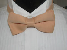 VINTAGE LIGHT PEACH DESIGN BOW TIE BANDED ME2