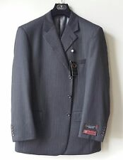 MONTEFINO UOMO MENS 3 BUTTON SUIT, CHARCOAL STRIPED US SIZE 44R / 38W, MSRP $299