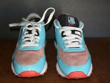 CLASSIC REEBOK, ROLLAND BERRY FOR MEN (US SIZE 8.5 ) PRE-OWNED