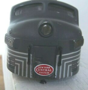"""LIONEL POSTWAR  """"NEW YORK CENTRAL""""  2344 A UNIT SHELL WITH TRIM AND # BOARDS"""