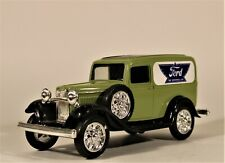 Ertl Diecast 1:25 1932 Ford Panel Delivery Bank