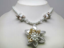 Clear Simulated Pearl Shell Flower Necklace Set s0317