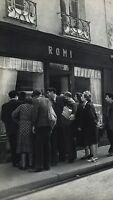1955 Vintage Print 11x14 HUMOR NUDE PAINTING Paris Photo Art By ROBERT DOISNEAU