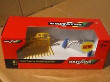 Britains / Tomy  Buck rake & slurry scraper   42890  1:32 Scale