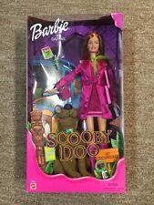 NIB BARBIE AS DAPHNE SCOOBY DOO #55887 MATTEL 2001 NEVER REMOVED F/BOX