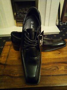 Mens shoes black size UK 9, Euro 43