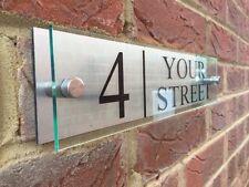 Segno di casa moderna PLACCA Numero Porta Strada effetto di vetro acrilico alluminio NOME