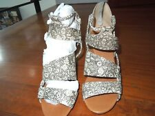 Coso Como natl snake Leather Strappy criss cross zipper wedge Sandal Size 6.5