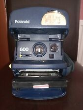 Polaroid instant camera 600. See photos for serial number.