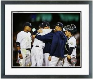 """Mariano Rivera New York Yankees Final Game Photo (Size: 12.5"""" x 15.5"""") Framed"""