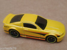 2014 Hot Wheels 07 FORD MUSTANG 95/250 Mustang 50th LOOSE Yellow KMART COLOR