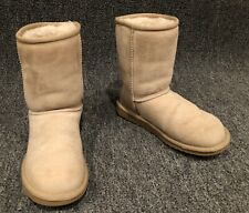 UGG Australia Classic Short Sand Suede Women's Boots Size 5 5825 In GUC