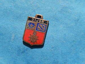 Medaille pendentif BLASON VINTAGE ARMOIRIE VILLE EMAILLE DIJON BOURGOGNE LYS