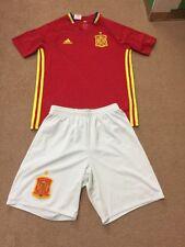Espana Spania Spain Football  kit shorts +shorts  boys size 11-12 years adidas