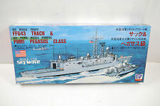 PIT-ROAD SW-1300 USS Missile Frigate FFG43 Thach Modellbausatz 1:700 (K46)