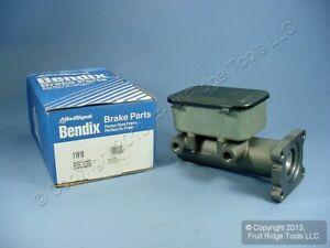 "New Bendix 11910 Brake Master Cylinder for 1.75"" Bore 2-Port 79-83 International"