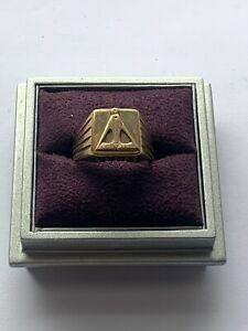 """Superb 9ct Yellow Gold Masonic Signet Ring"" Heavy 9.4g"