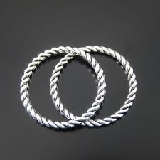 40 pcs Vintage Silver Zinc Alloy Twisted Circle Ring Charms Pendant Findings