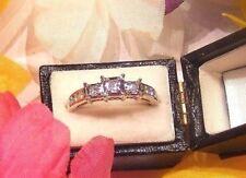....14K White Gold Diamond Ring