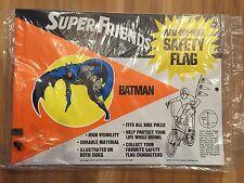 RARE MINT '74 SEALED VINTAGE SUPER FRIENDS BATMAN CYCLE SAFETY BIKE FLAG & CLIPS