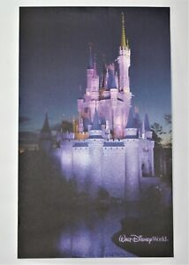 Disney World Tony's Town Square Restaurant Menu AND Picture 2008 RARE (S&DR)