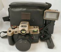 Canon Q8200 35mm motor drive film camera with flash and case