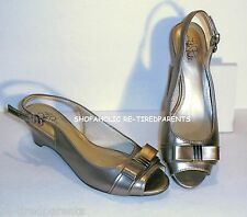 LIFE STRIDE SLINGBACK PUMPS -SHIMMERY CHAMPAGNE TEXTILE LEATHER–SIZE 9½ –NEW $60