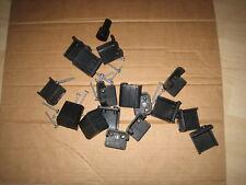 Heki 2 Dachfenster Heki 3 Dachfenster Montagebock  Einbauklammern schwarz 32-39