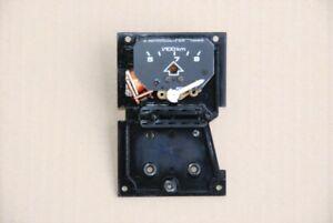 Schalt- Verbrauchsanzeiger Grundplatte VW PASSAT 32B 321919046D