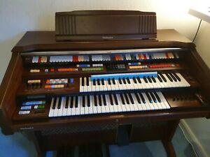 Technis Electronic Organ SX-U90S