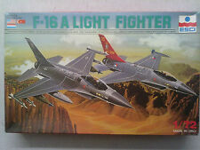 Esci 9041 F-16A Light Fighter 1:72 Neu & eingetütet, mit Lagerungsspuren
