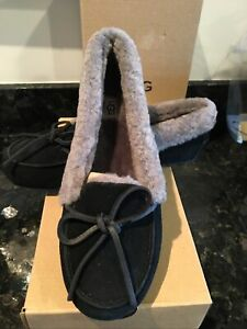 UGG Solana Driving Slipper shoe size 7.5 black/gray  NEW WITH BOX
