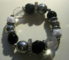 Bracelet Elasticated various styles and design of beads Chic & fun