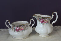 ROYAL ALBERT AUTUMN ROSES CREAM AND SUGAR BOWL (NO LID) ENGLAND