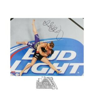 Ronda Rousey Autographed UFC 16x20 Photo - Fanatics Hologram