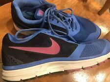 Ladies Nike Fitsole Comforting Cushion Shoes  Size 9