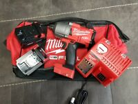 "MILWAUKEE 2767-22 M18 FUEL High Torque 1/2"" Impact Wrench 1400 FT/LBS W/ 5.0 Bat"
