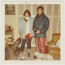 Square Vintage 70s PHOTO Young Couple In Snow Ski Clothes & Dogs