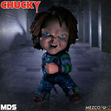 CHILD'S PLAY - Designer Series Deluxe Chucky Action Figure Mezco