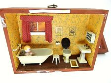DOLL HOUSE DIORAMA MINIATURE ROOMBOX BABY BATHROOM 7 P BISQUE VTG GERMAN HOME