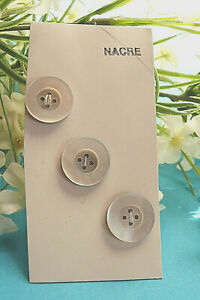 394B / Superb Plate Buttons Of Nacre Old Lot 3 Buttons Period Vintage