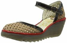 Women's Leather Sandals and Flip Flops