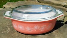 Vintage Pyrex Pink Daisy Flower Oval 1.5 Qt. Casserole With Lid Space Saver 043