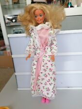 Vintage 1989 Barbie In Nightdress And Dressing Gown. Mattel