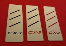 Auto  Fußstütze MAZDA CX3 NEU Aluminium Inlay Schwarz / Rot