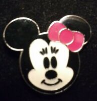Disney Small Minnie Mouse Head  Cutie Trading Pin