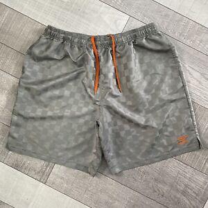 Vintage Umbro Mens Size 2XL Soccer Shorts Checkered