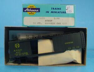 KT-133  HO ATHEARN  5034 SANTA FE ATSF 4157 EXPRESS BOX CAR KIT